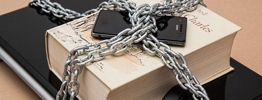 chained gadgets 1 - 3 Consejos De Privacidad En Los Que Debes Estar Consciente Mientras Juegas En Línea